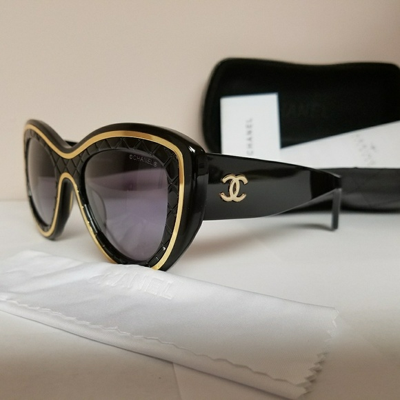 bdaba6f8150 CHANEL Accessories - Used authentic Chanel Sunglasses.